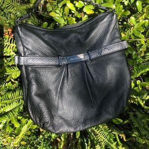 👜Kenneth Cole black/grey leather purse 👜